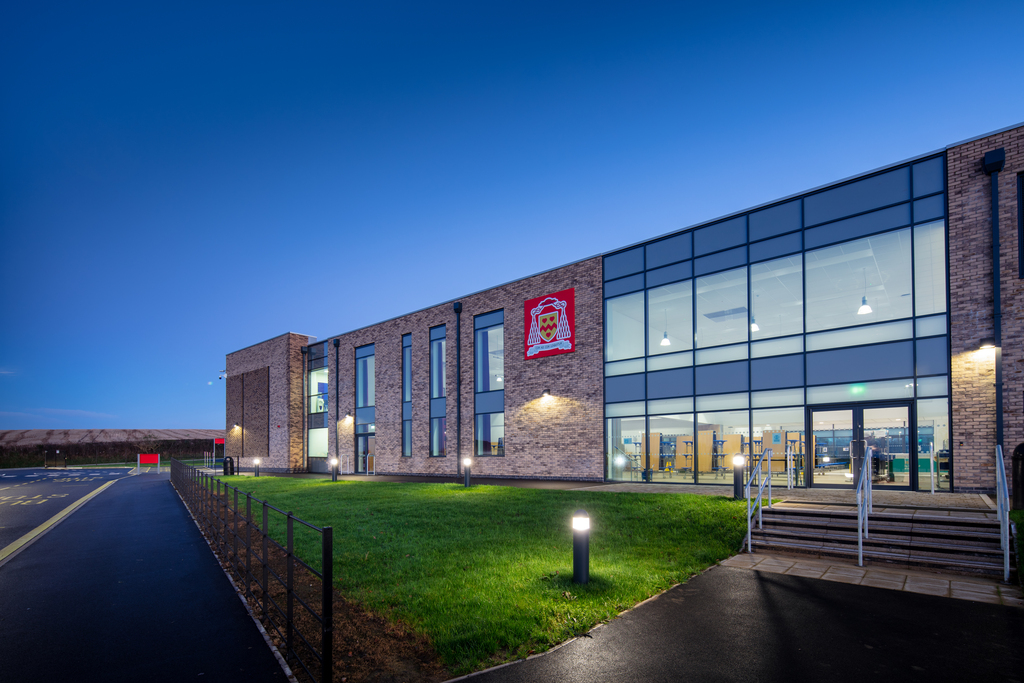 Advantex Secures £1M Worth Of Contracts To Supply IT Equipment Across North East London Schools